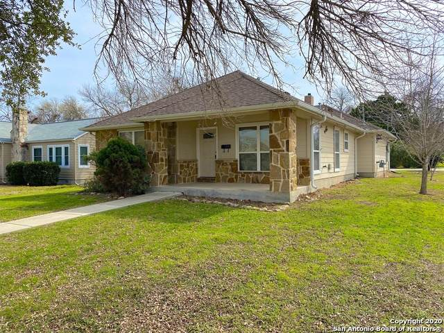 1291 Lee St, New Braunfels, TX 78130 (MLS #1437348) :: Alexis Weigand Real Estate Group