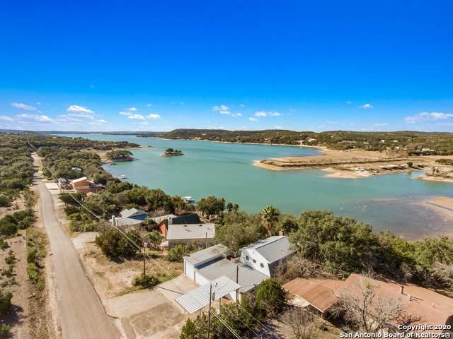 264 Pebble Beach Dr Nw, Pipe Creek, TX 78063 (MLS #1437383) :: BHGRE HomeCity