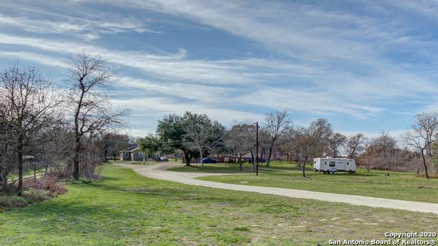 23167 Alanwood Dr, San Antonio, TX 78264 (#1437471) :: The Perry Henderson Group at Berkshire Hathaway Texas Realty