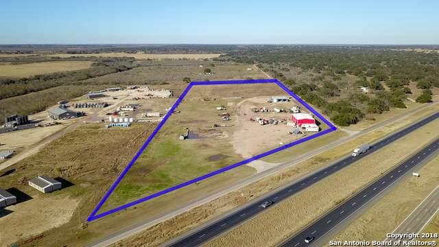 16051 N Interstate 35, Moore, TX 78057 (MLS #1437502) :: The Glover Homes & Land Group