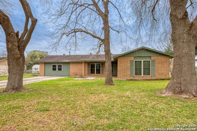 220 Brook St, Seguin, TX 78155 (MLS #1437849) :: BHGRE HomeCity