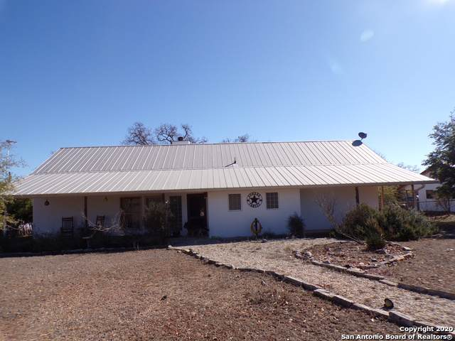 772 Orchard Park Blvd, Medina, TX 78055 (MLS #1437922) :: Reyes Signature Properties