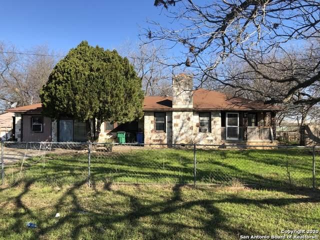 1250 C H Matthies Jr, Seguin, TX 78155 (MLS #1438147) :: Carolina Garcia Real Estate Group