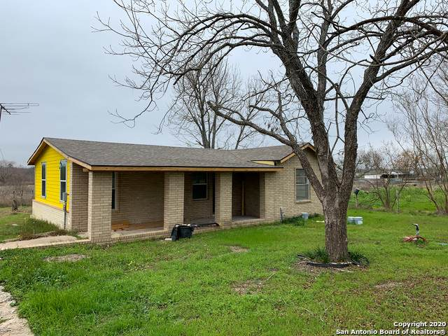 18645 Fm 471 S, Natalia, TX 78059 (MLS #1438330) :: Tom White Group