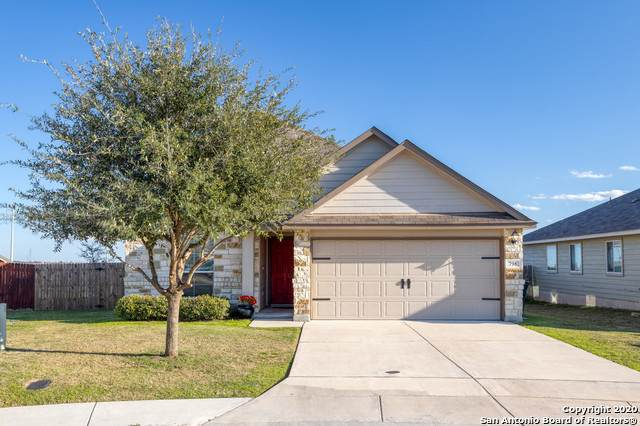 798 Wolfeton Way, New Braunfels, TX 78130 (MLS #1438357) :: NewHomePrograms.com LLC