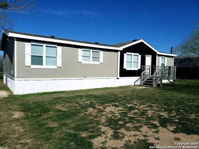 116 Natchez St, Poth, TX 78147 (MLS #1438421) :: Vivid Realty