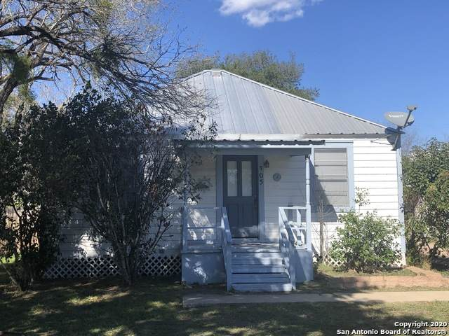 305 E Thornton St, Three Rivers, TX 78071 (MLS #1438493) :: The Mullen Group | RE/MAX Access