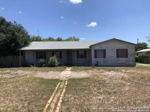 602 E Blair, Three Rivers, TX 78071 (MLS #1438517) :: The Mullen Group | RE/MAX Access