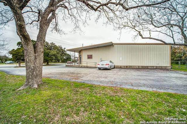 904 E Blanco Rd, Boerne, TX 78006 (MLS #1438528) :: Legend Realty Group
