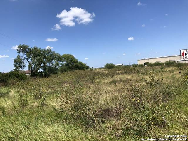 CR 402 Highway 72, Three Rivers, TX 78071 (MLS #1438563) :: Neal & Neal Team