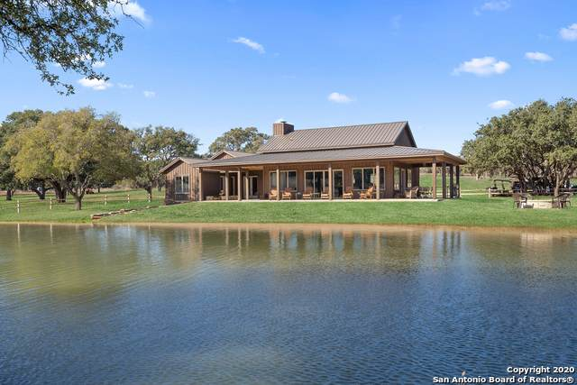 9226 Smith West Ranch Rd, Round Mountain, TX 78663 (MLS #1438570) :: Carolina Garcia Real Estate Group