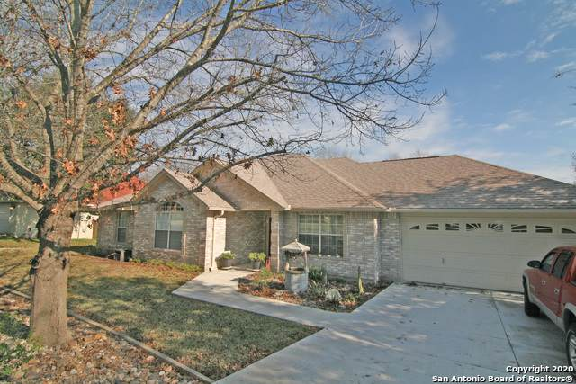113 River Frst, Castroville, TX 78009 (MLS #1438827) :: BHGRE HomeCity