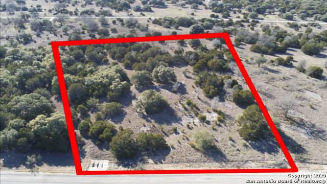 888 Buckskin Trail, Bandera, TX 78003 (MLS #1438842) :: The Glover Homes & Land Group