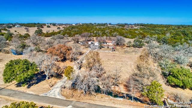 550 Shin Oak Way, Kerrville, TX 78028 (MLS #1438843) :: The Castillo Group