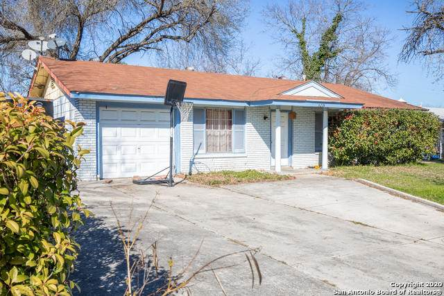 5235 Village Row, San Antonio, TX 78218 (MLS #1439157) :: The Mullen Group | RE/MAX Access
