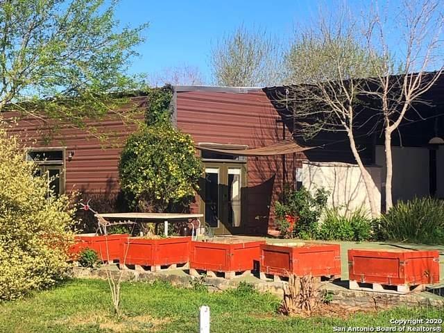 10559 Fm2200s, Yancey, TX 78886 (MLS #1439243) :: Carolina Garcia Real Estate Group
