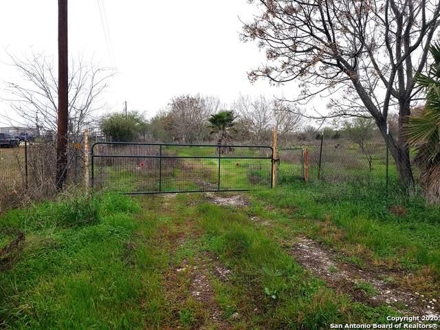 239 Lakeside Pass, New Braunfels, TX 78130 (MLS #1439376) :: NewHomePrograms.com LLC