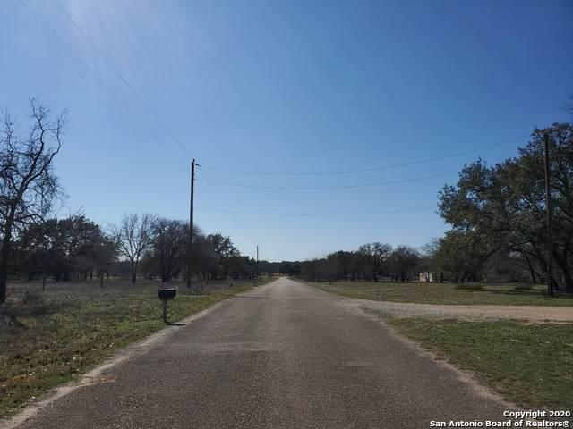 144 County Road 7725, Natalia, TX 78059 (MLS #1439523) :: Vivid Realty