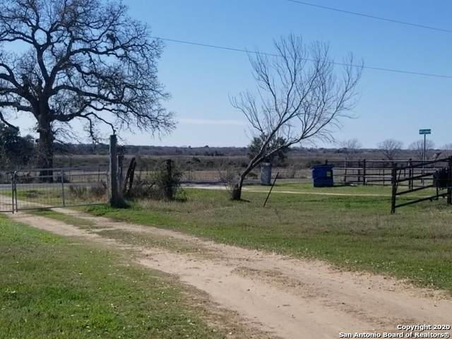 13055 La Vernia Rd, St Hedwig, TX 78152 (MLS #1439540) :: The Glover Homes & Land Group