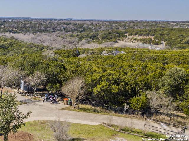 425 W Highland Woods, Boerne, TX 78006 (MLS #1439613) :: The Glover Homes & Land Group