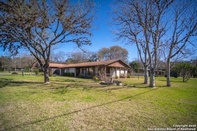 504 E Bandera Rd, Boerne, TX 78006 (MLS #1439636) :: The Gradiz Group