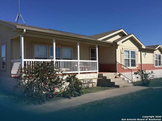 358 County Road 6614, Devine, TX 78016 (MLS #1439669) :: ForSaleSanAntonioHomes.com
