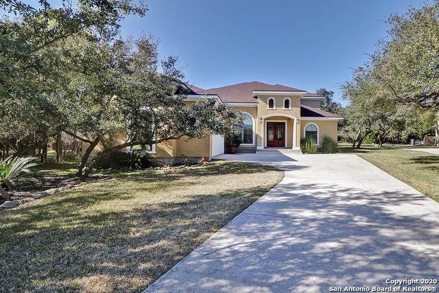 830 Venado Hills, San Antonio, TX 78260 (MLS #1439875) :: Legend Realty Group