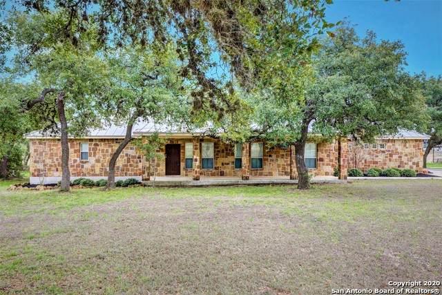 240 Marvil Lee Dr, Boerne, TX 78006 (MLS #1439921) :: Reyes Signature Properties