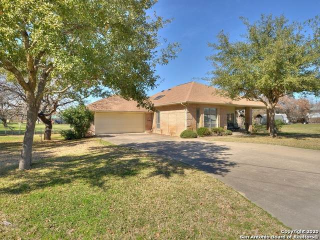 225 Pecan Creek Dr, Horseshoe Bay, TX 78657 (MLS #1439958) :: BHGRE HomeCity San Antonio
