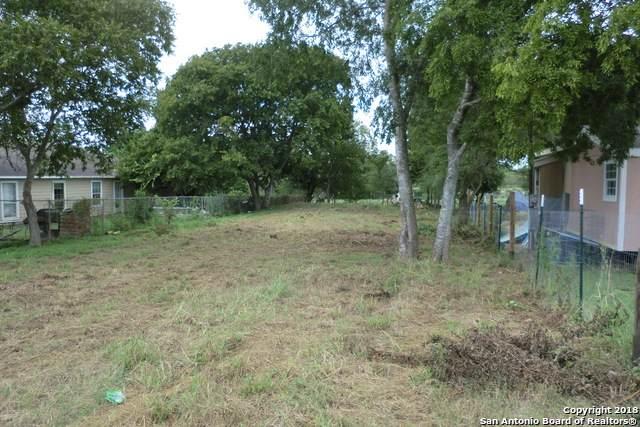 1475 Kayroe Rd, Adkins, TX 78101 (MLS #1439988) :: Reyes Signature Properties