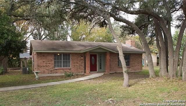 1430 E Martindale Rd, Seguin, TX 78155 (MLS #1440089) :: HergGroup San Antonio