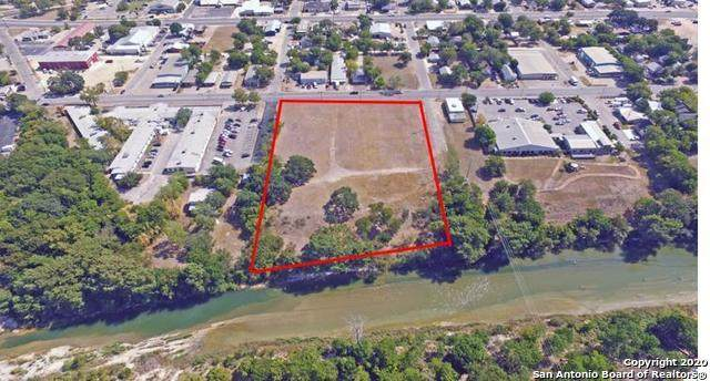 1311 Water St E, Kerrville, TX 78028 (MLS #1440171) :: BHGRE HomeCity San Antonio