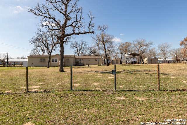 3411 Mariposa Ln, Floresville, TX 78114 (MLS #1440240) :: The Mullen Group | RE/MAX Access