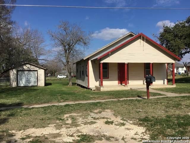 503 Hayden Ave, Devine, TX 78016 (MLS #1440270) :: Neal & Neal Team