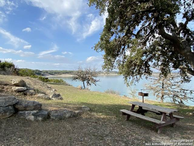 549 Private Road 1505, Bandera, TX 78003 (MLS #1440290) :: The Glover Homes & Land Group