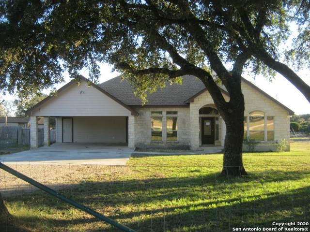5090 Purgatory Rd, New Braunfels, TX 78132 (MLS #1440292) :: Berkshire Hathaway HomeServices Don Johnson, REALTORS®