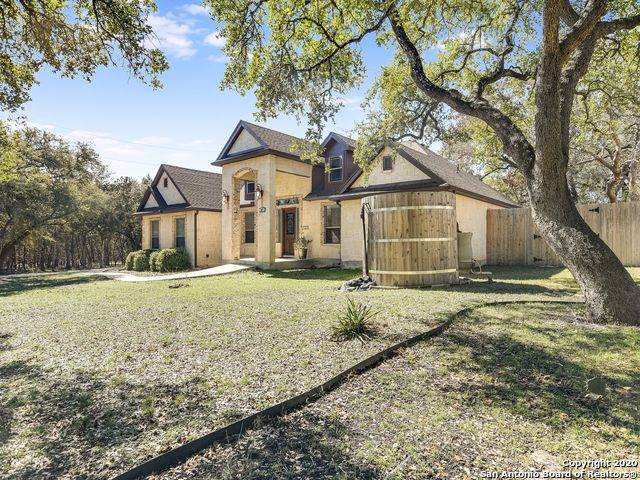227 Oak Forest Dr, Boerne, TX 78006 (MLS #1440297) :: Berkshire Hathaway HomeServices Don Johnson, REALTORS®