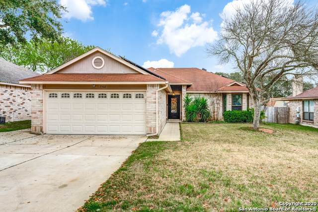 7502 Forest Echo, Live Oak, TX 78233 (MLS #1440500) :: The Mullen Group | RE/MAX Access