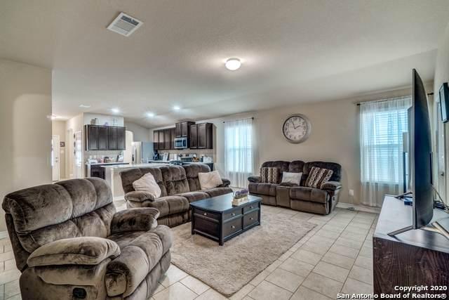 13053 Maestro Spark, San Antonio, TX 78252 (MLS #1440583) :: BHGRE HomeCity