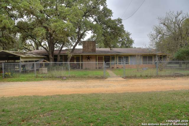 271 Madrona Rd, Pipe Creek, TX 78063 (MLS #1440640) :: BHGRE HomeCity