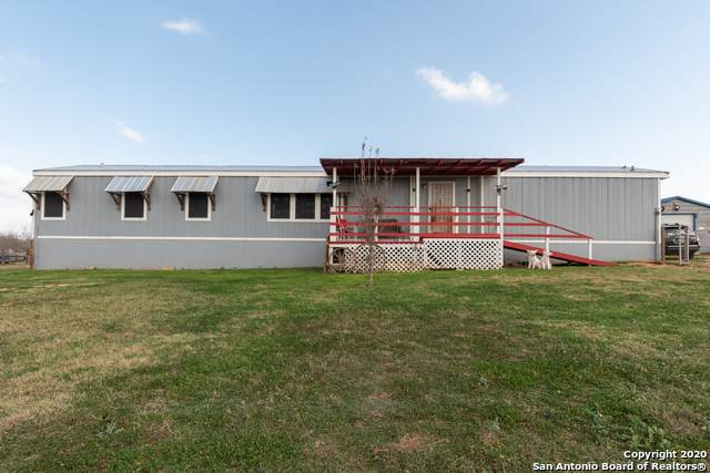 1515 County Road 773, Devine, TX 78016 (MLS #1440654) :: The Mullen Group | RE/MAX Access