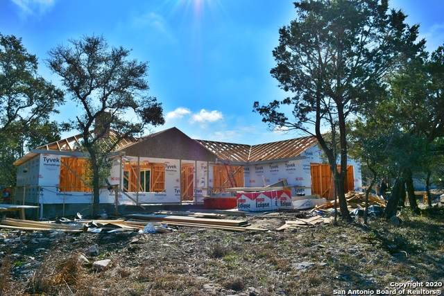 1181 Fernwood Rd, Fischer, TX 78623 (MLS #1440767) :: Berkshire Hathaway HomeServices Don Johnson, REALTORS®