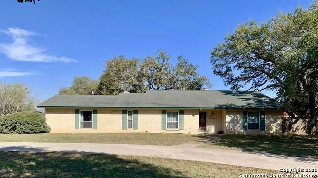 96 Pulliam Dr, Pleasanton, TX 78064 (MLS #1440811) :: Vivid Realty
