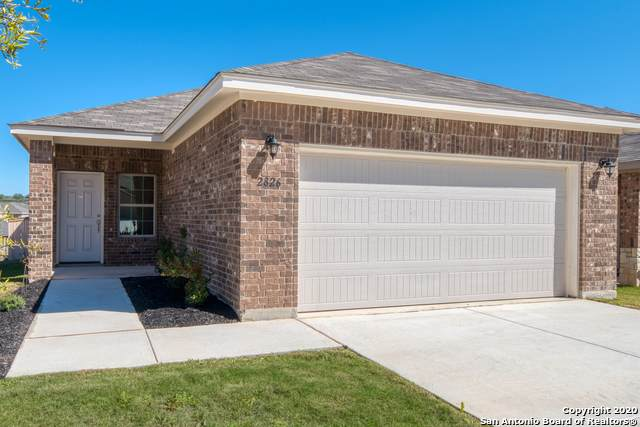 2826 High Castle, San Antonio, TX 78245 (MLS #1441089) :: HergGroup San Antonio