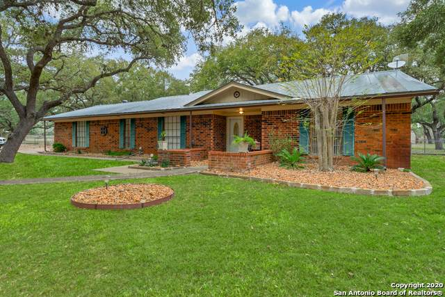 237 Brian Dr, Pleasanton, TX 78064 (MLS #1441191) :: The Gradiz Group