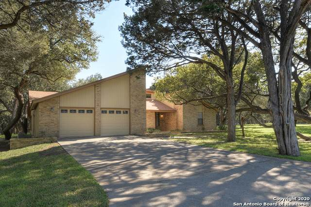 5 Centre Ct, New Braunfels, TX 78132 (MLS #1441221) :: NewHomePrograms.com LLC