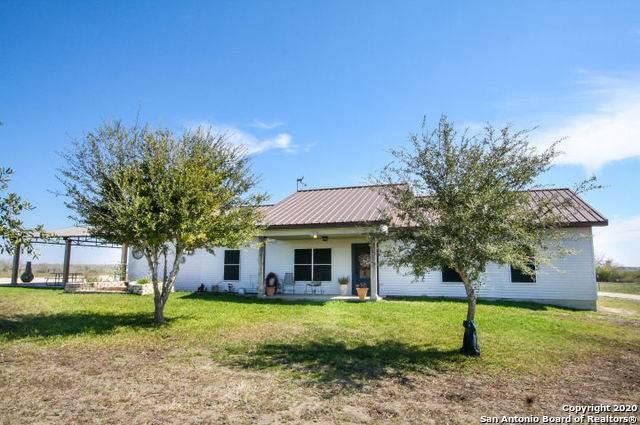 170 County Road 215, Three Rivers, TX 78071 (MLS #1441263) :: Carolina Garcia Real Estate Group