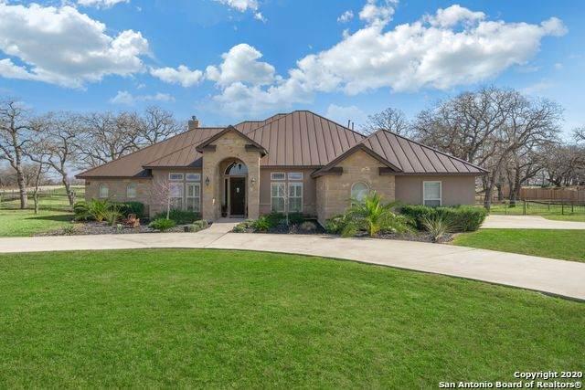 109 Abrego Trail Dr, Floresville, TX 78114 (MLS #1441273) :: The Gradiz Group