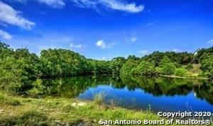 1520 Canyon Lake Dr, Canyon Lake, TX 78133 (MLS #1441331) :: Berkshire Hathaway HomeServices Don Johnson, REALTORS®