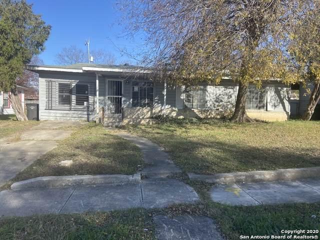 1015 Lovera Blvd, San Antonio, TX 78201 (MLS #1441344) :: Berkshire Hathaway HomeServices Don Johnson, REALTORS®